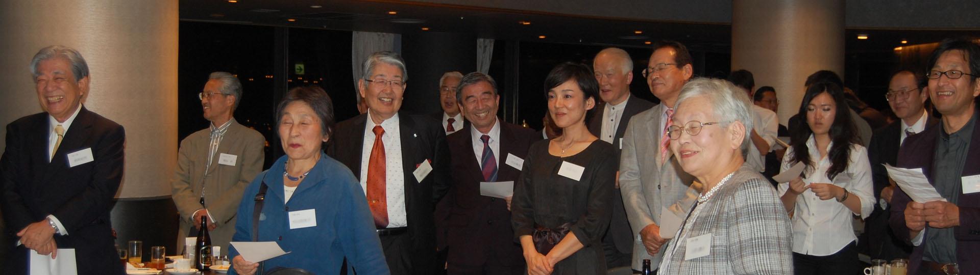 http://kobe-konan.moover.jp/2011-10-28_2050.jpg