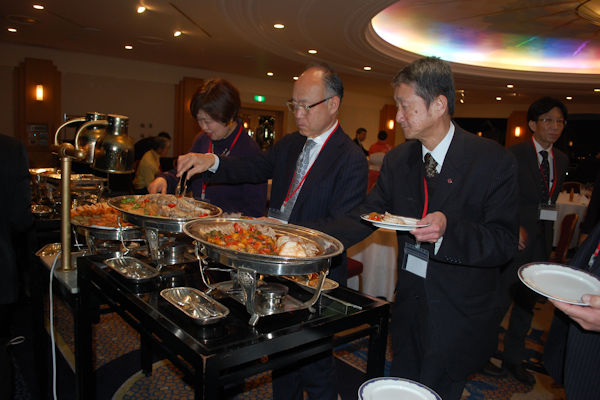 http://kobe-konan.moover.jp/2020-01-24_2000buffet.JPG